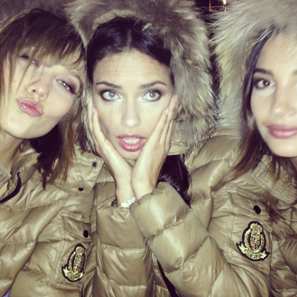 Die Engel posen wieder: neue Victoria's Secret Kampagne direkt aus Paris