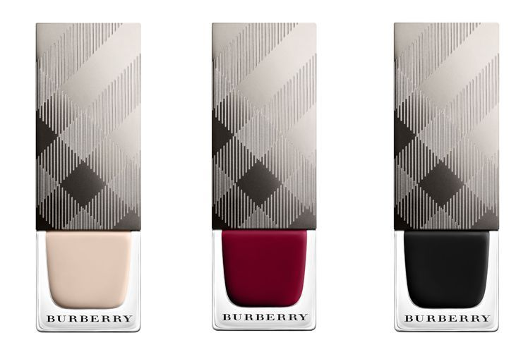 Londoner Luxus-Label Burberry verkauft erste Nagellack-Kollektion