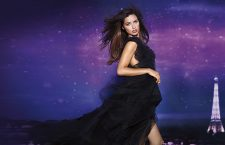"Adriana Lima präsentiert die neue Victoria's Secret ""Night Fragrance""-Kollektion"