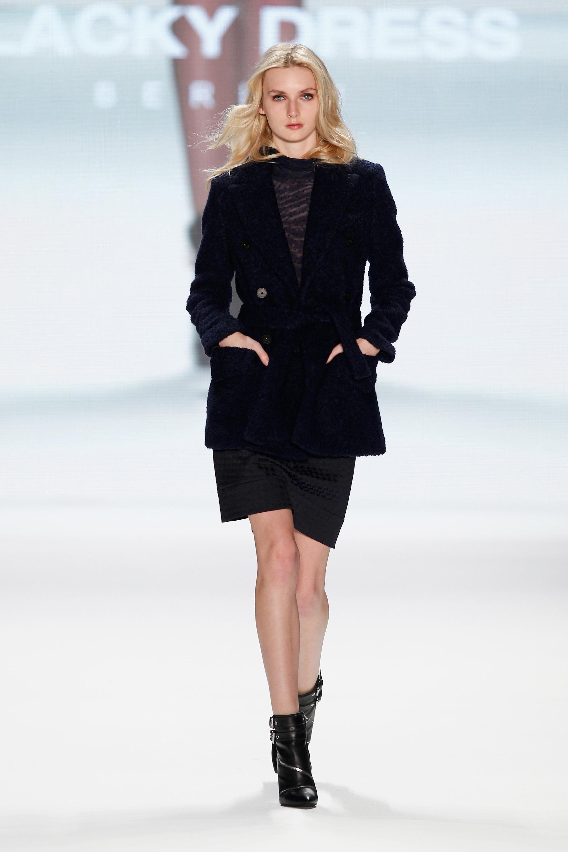 fashion week berlin blacky dress zeigt rock n roll. Black Bedroom Furniture Sets. Home Design Ideas