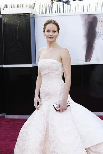 Jennifer Lawrence begeisterte bei den letzten Oscars in einem zauberhaften Haute Couture Kleid von 'Dior'