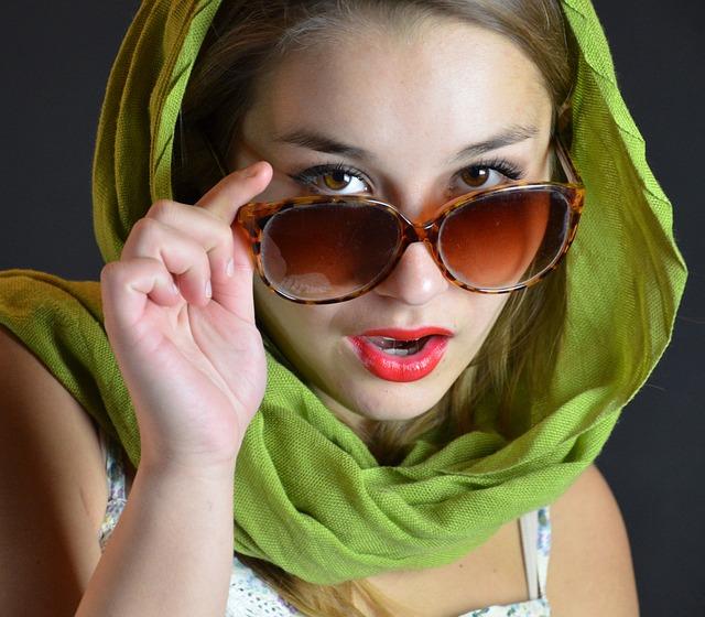 Sonnenbrillen 2014 – Es wird bunt & trendy