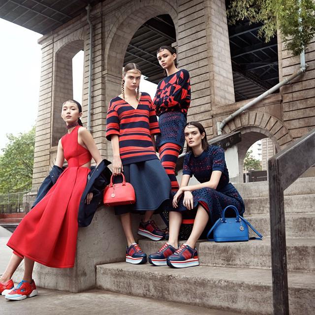 Cara Delevingne in der Frühjahrs-/Sommer-Kollektion 2015 von 'DKNY'. Foto: Instagram / DKNY