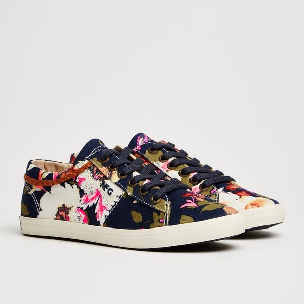 Sneaker Mania