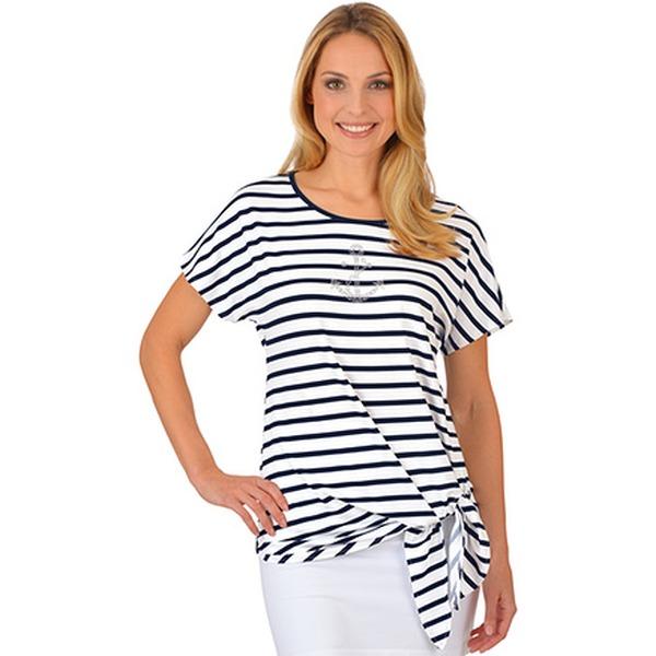 Sommertrend Marine-Look: So werden eure Outfits maritim