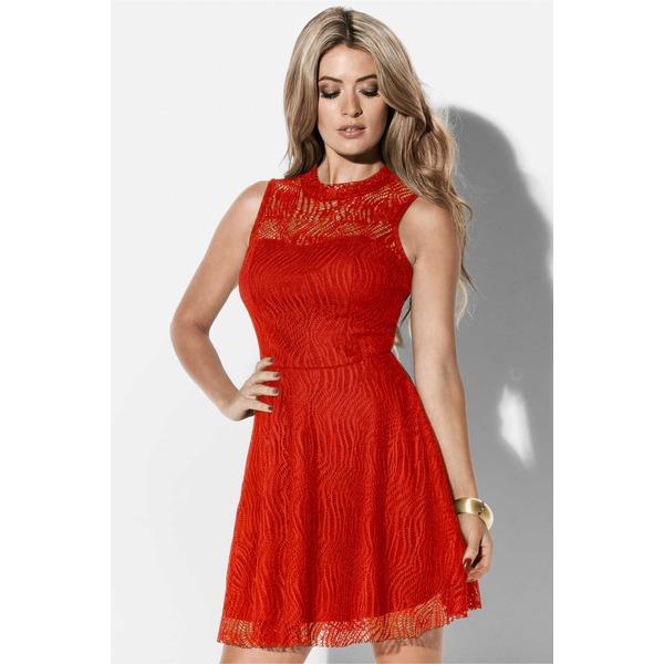 Die wichtigsten Modetrends des Sommer in Kleidern