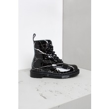 dr-martens-pascal-marble