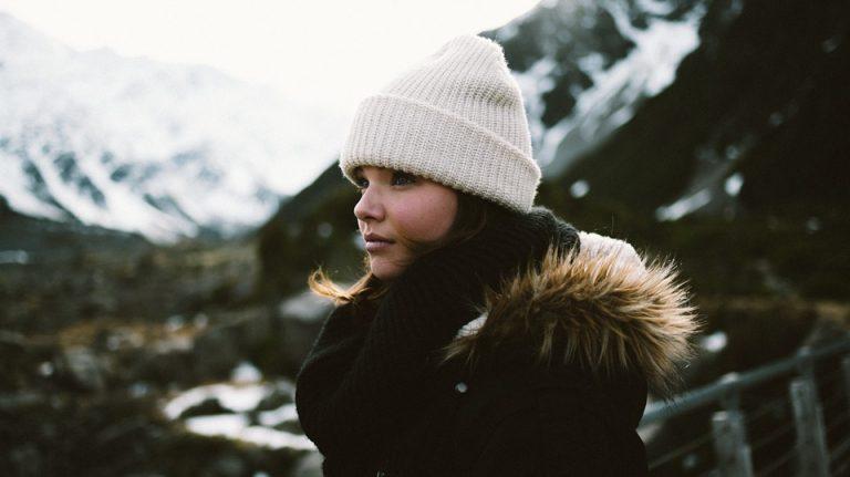 Kopfbedeckungen 2017 – So kommst du stylish durch den Winter