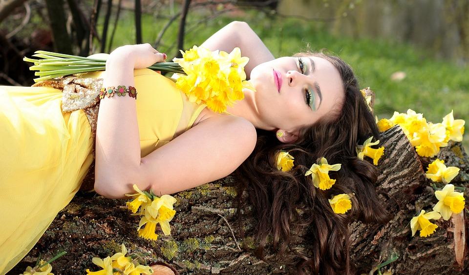 Modefarbe Gelb – Sonnenschein zum Anziehen!