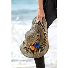 Next Hut aus Bast mit Pompons