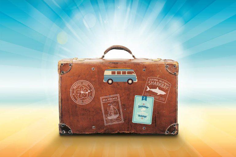 Was gehört in die Reiseapotheke?