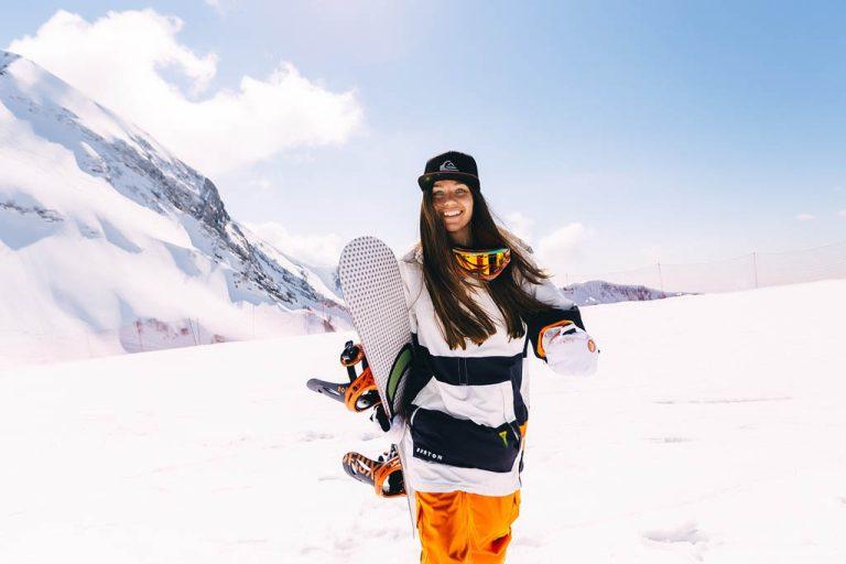 Snowboard vs. Ski? Styles, Spaß & Schwierigkeit