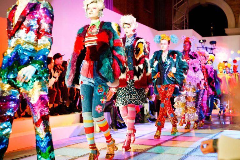 Die neuesten Modetrends in Accessoires