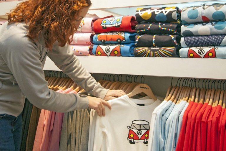 T-Shirts bedrucken lassen: So gelingt das Shirt im eigenen Style